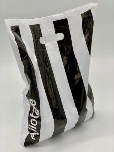 Пакет с логотипом с вырубной усиленной ручкой «банан» и донной складкой - Фото №12