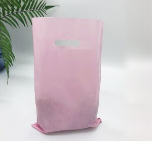 Die cut handle bag  200*300 mm, without printing, LDPE A6, PINK -Chernigov Package - Фото 20х30_розовый2+