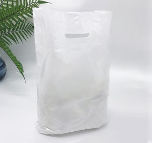 Patch handle bag 300*400 mm, without printing, LDPE A6, WHITE -Chernigov Package - Фото 30х40_белый1