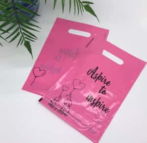 "Die cut handle bag ""Aspire to inspire"" 20х30cm, pink -Chernigov Package - Фото изображение_viber_2020-03-27_20-25-50"